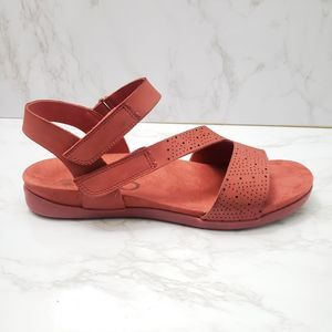 OTBT Red Leather Theodora Sandals Size 9.5